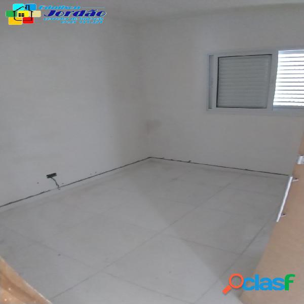 Apto sem condomínio na Vila Eldizia com 2 quartos