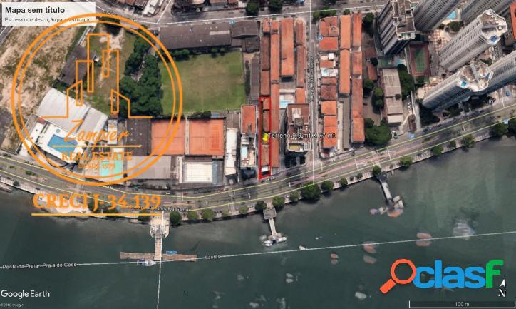 Casa Vista Mar com 760 m2 na Ponta da Praia - Santos