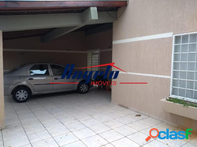 Jardim São José - Casa com 03 Dorm sendo 01 suite, com