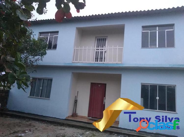 Três casas em frente á praia de Jaconé em Maricá!!!
