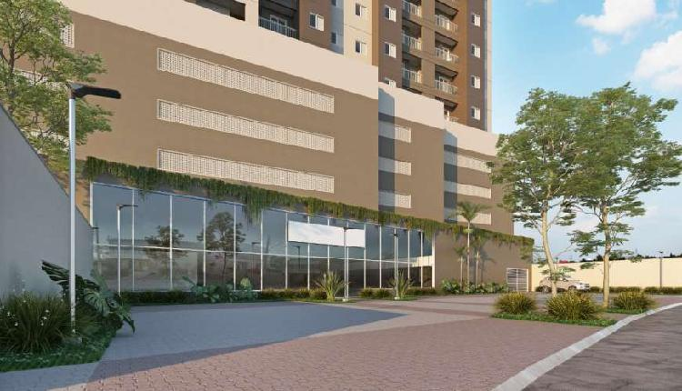 Apartamentos de 2 dormitórios com varanda integrada e