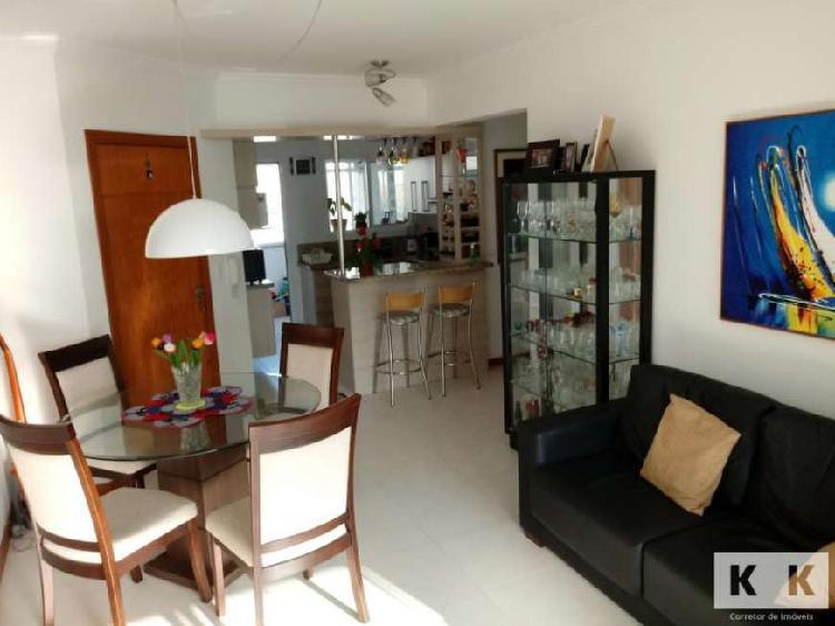 Apartamento 3 dormitórios mobiliado no Centro com vaga de