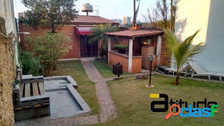 Casa a venda em Barueri no Jardim dos Camargos