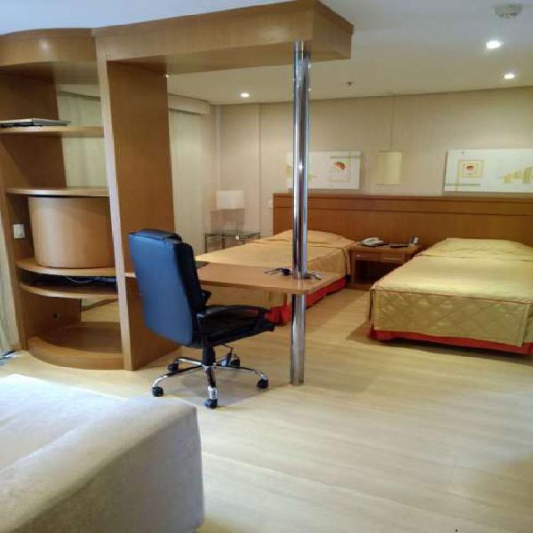 Flat para locação, 30 m², mobiliado, 1 vaga, ao lado do