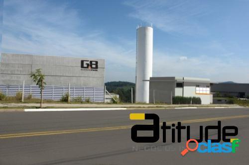 Galpão 881.89 m2 em Cajamar