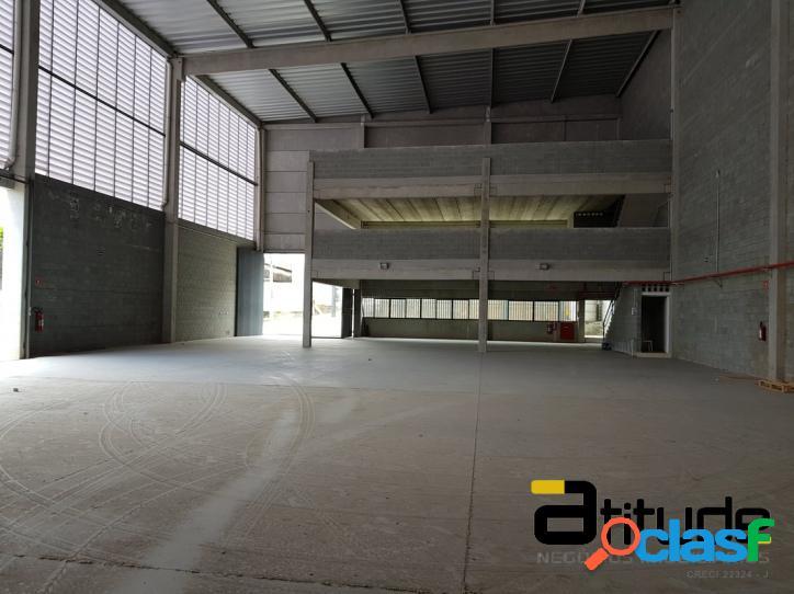 Galpão de 1.225 m² Jardim Califórnia - Barueri - SP.