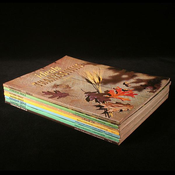Lote Com 7 Livros Americanos Da Coleção: Ideals