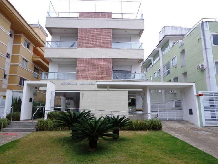 Apartamento de 2 dormitórios na praia do Campeche