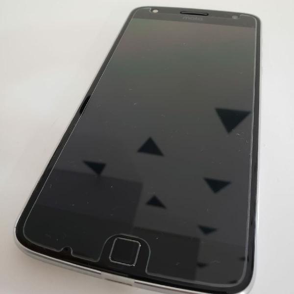 Celular Moto Z Play 1 + Snap JBL (caixa de som)