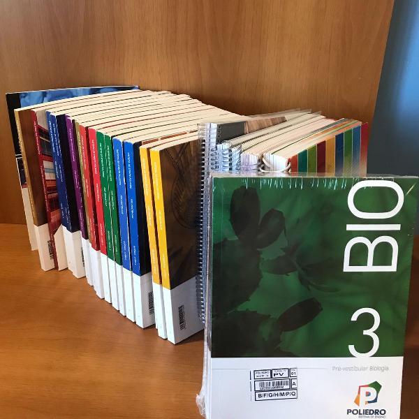 livros kit pré vestibular poliedro