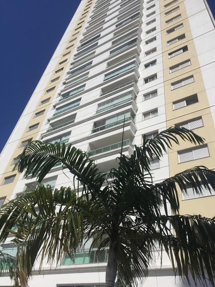 Apartamento para aluguel tem 158 metros quadrados em Santa