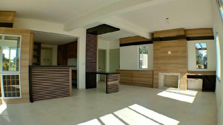 CASA Condominio Fechado 03 Dormitórios - Bairro Zona Nova