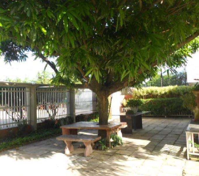 Casa com 03 Quartos, 02 Salas, Nascente, Candeias, Jaboatão