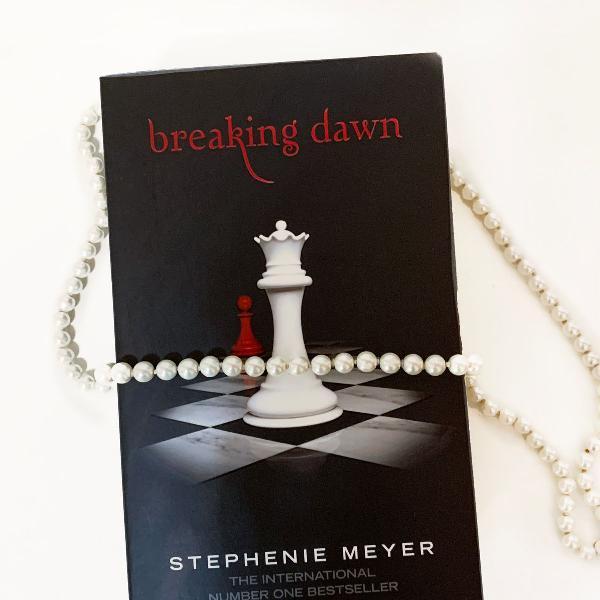 livro breaking dawn - stephenie meyer