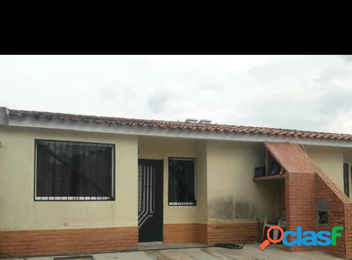 Casa en Venta de 132 m2 Ubicada en La Cumaca Res Monte