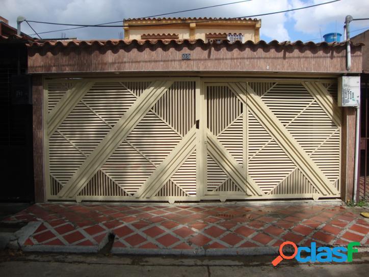 Casa en Venta de 428m2 San Diego Los Jarales
