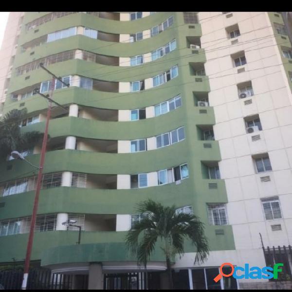 En Venta Apartamento de 130 MTS2 en los Mangos