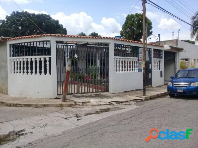 En Venta Casa en Ciudad Alianza 320 Mts2., (13.500)