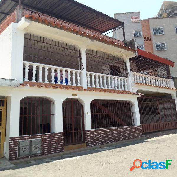 En Venta Hermosa Casa de 253mtrs2 la Esmeralda