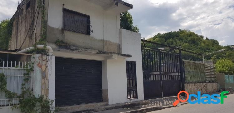 En venta Galpon con anexos con habitaciones en Mariara