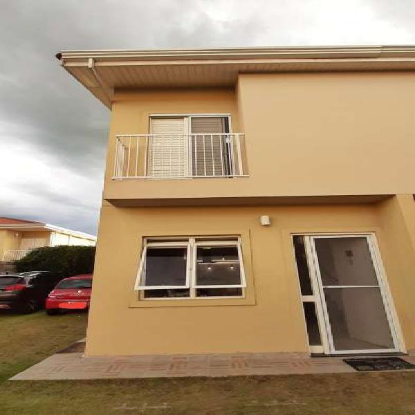 Casa de condomínio para venda com 80 metros quadrados com 2