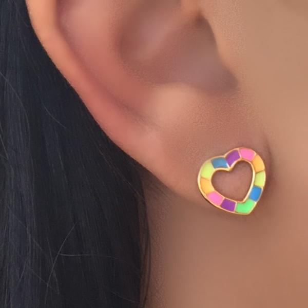 moda praia par de brincos coração esmaltado colorido