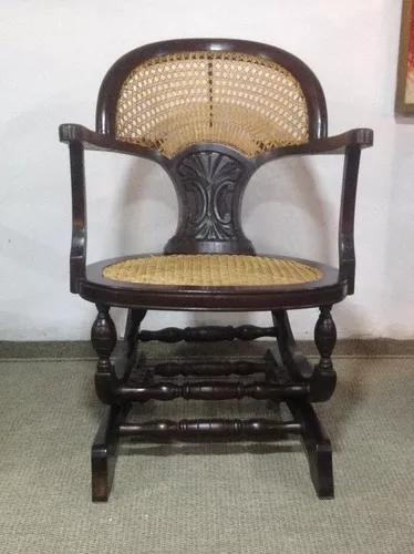 Antiga Cadeira De Balanço Com Palhinha - Antiquário Brasil