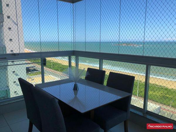 Apartamento com linda vista para o mar - Porteira Fechada
