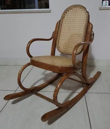 Cadeira De Balanço Infantil Thonet Antiga