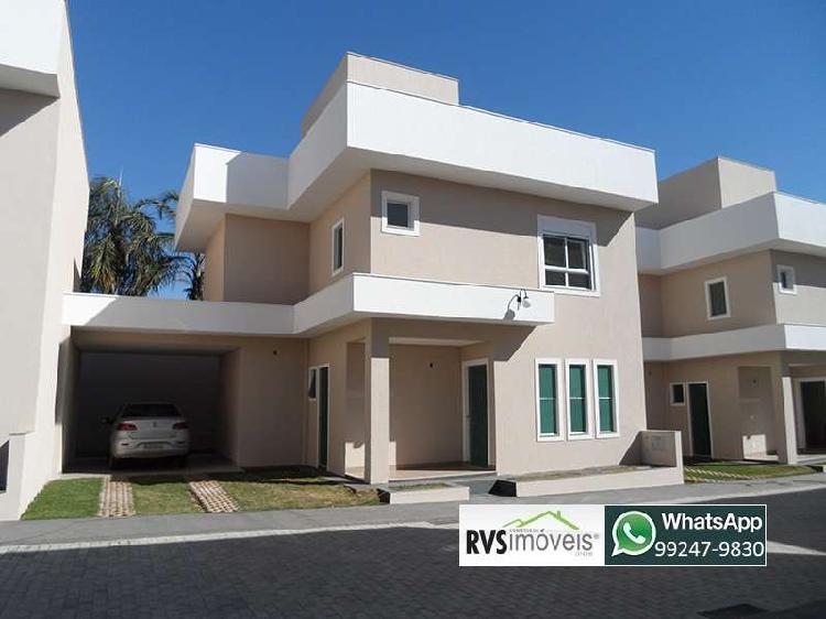Casa em condomínio na região da Vila Brasília, 3 quartos