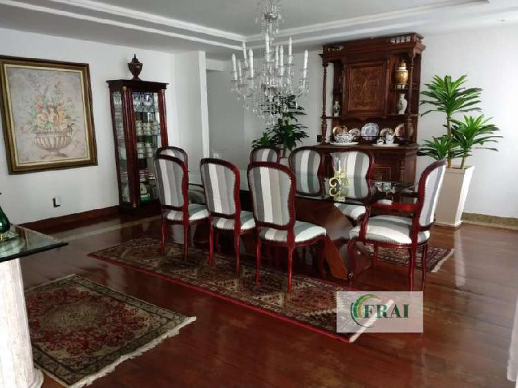 Apartamento Alto Padrão para Venda e Aluguel em Icaraí