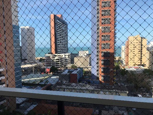 Apartamento 1 por andar no bairro Meireles