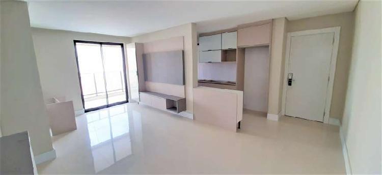 Apartamento para venda possui 88 metros quadrados com 3