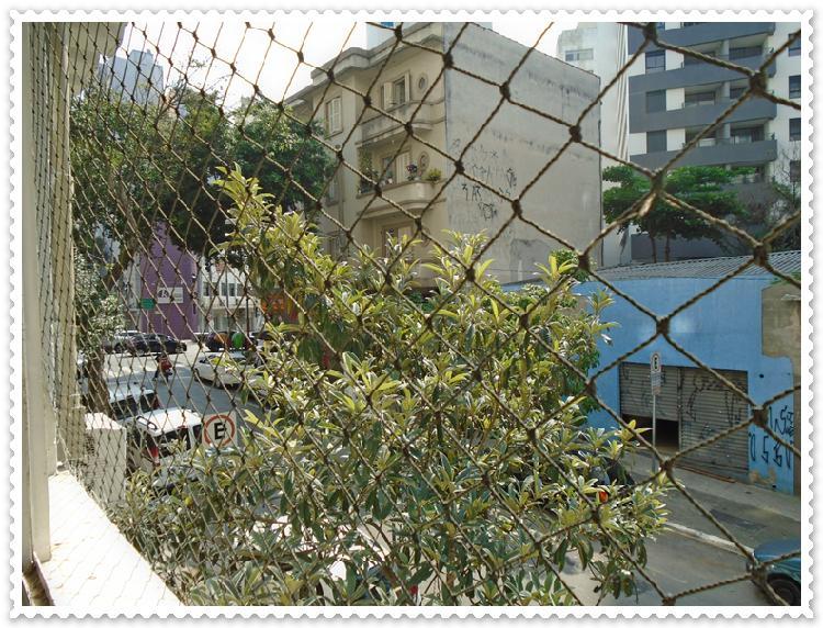 Kitnet para aluguel possui 35 metros quadrados com 2 quartos