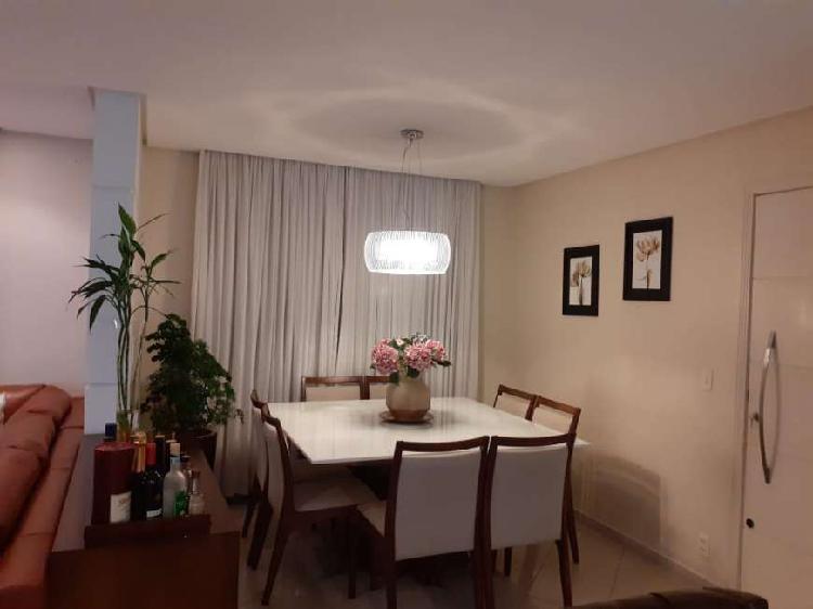 Lindo apartamento recém reformado com excelente