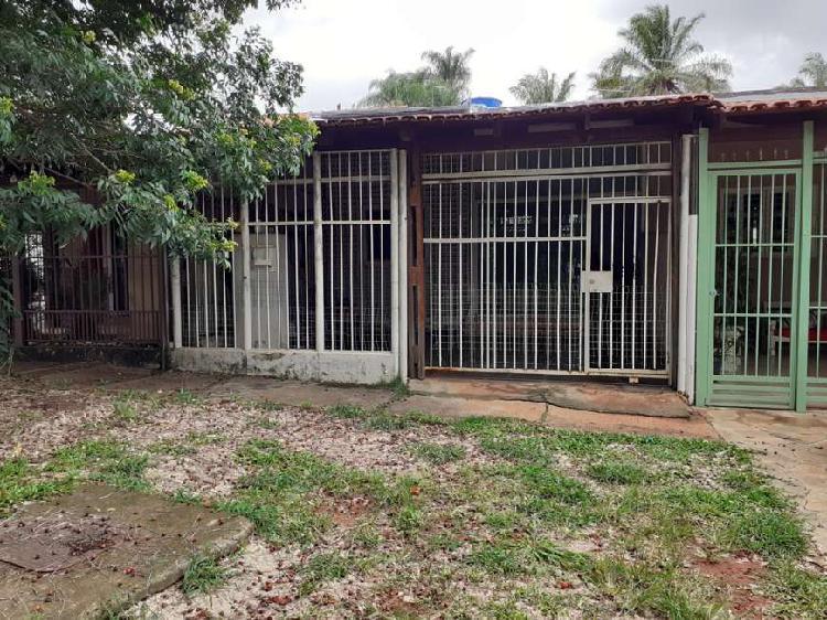 SHIGS 711 - Oportunidade para quem busca casa para reformar