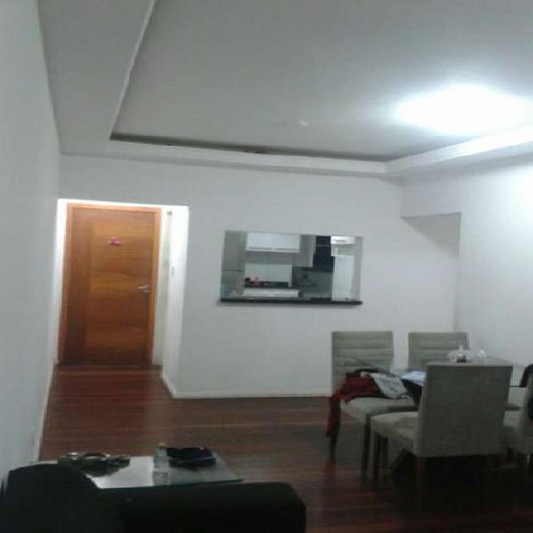 Apartamento para venda. Com 80 metros quadrados e 3 quartos
