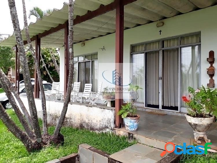 CA883 - Casa à venda em Condomínio, Iate Clube de