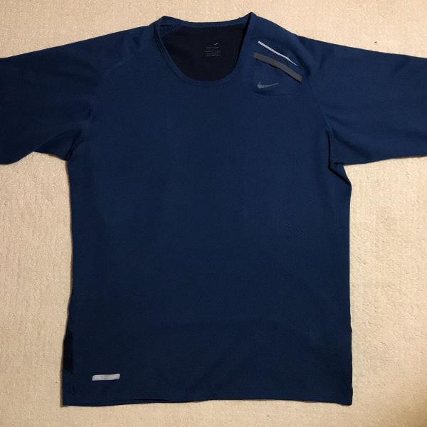 camiseta de treino nike