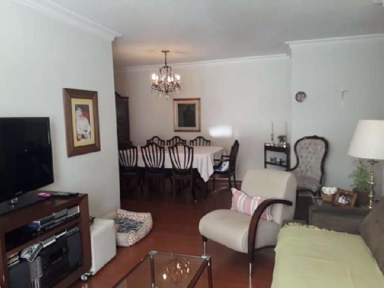 Apartamento à venda com 105m², Itaim Bibi, SP.