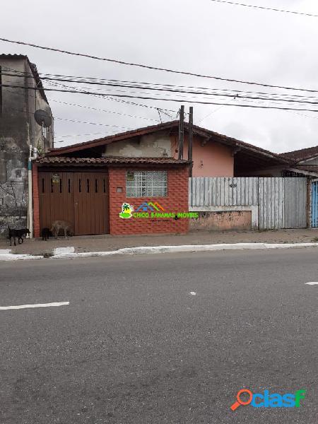Casa Geminada 02 dorms sendo 01 suíte Ótimo local.