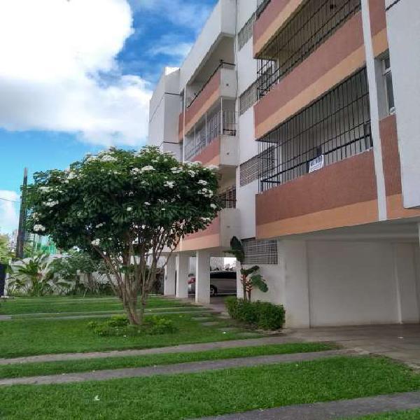 Apartamento à venda com 3 quartos, na Várzea - Recife - PE