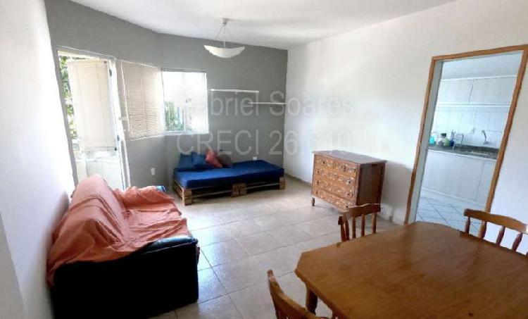 Apartamento para venda com 3 quartos próximo a UFSC