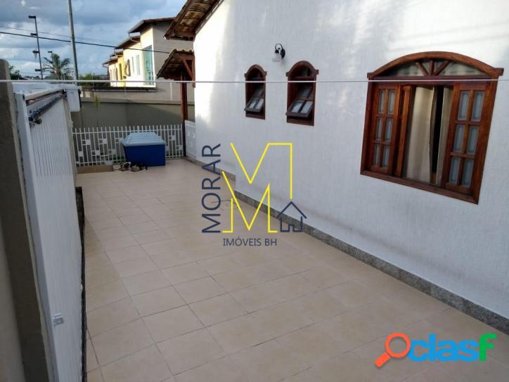 Casa com 2 dormitórios à venda, 150 m² por R$ 409.900,00