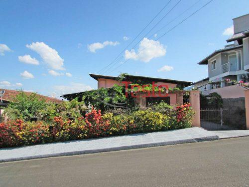 Casa em Pomerode no bairro Centro
