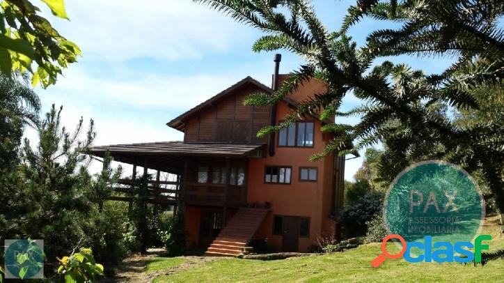 Linda casa de 3 quartos em condomínio fechado em Rancho