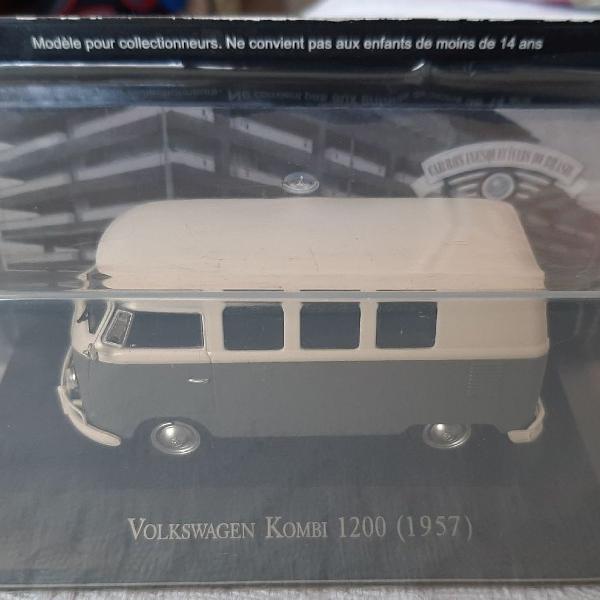 Miniatura Volkswagen Kombi 1200 (1957) lacrado