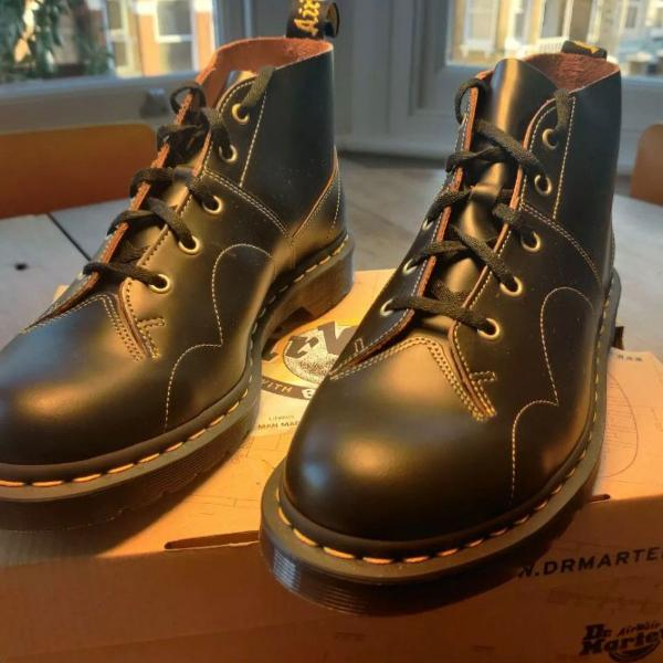 dr martens airwar church black vintage smooth ankle boots