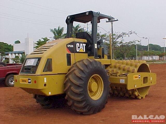 Rolo Compactador de Cravo - Caterpillar 533/08 Super