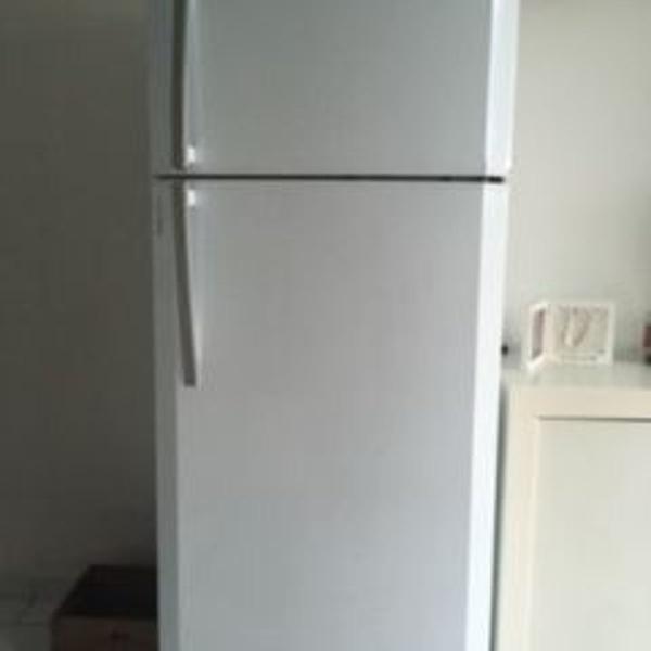 geladeira bosch kdn 42 403 litros